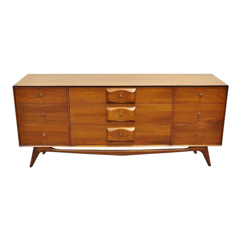 Vintage Mid Century Modern Walnut Dresser Credenza 75 Carlton House