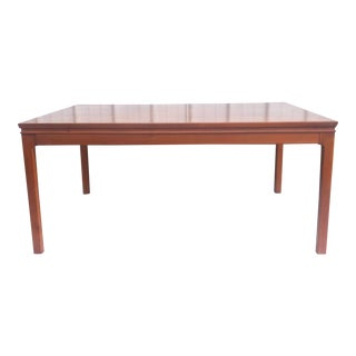 Elegant Mid-Century Coffee Table For Sale
