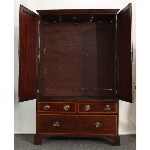 English 19th Century Mahogany Linen Press For Sale - Image 3 of 5