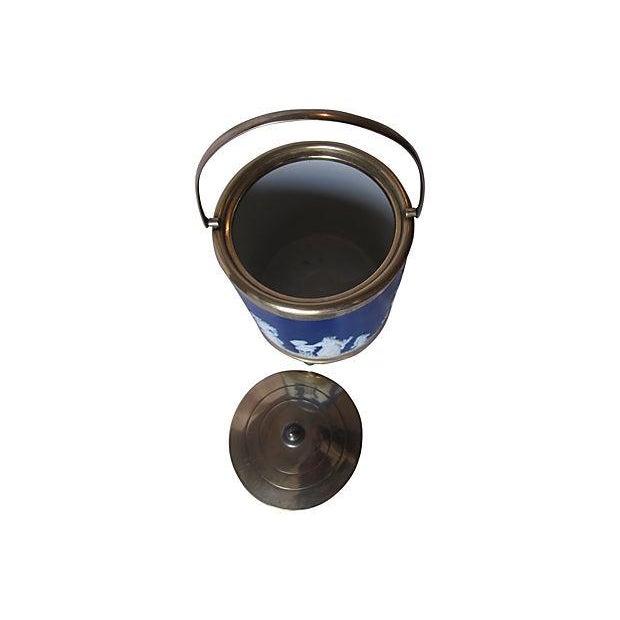 Antique Wedgwood Blue Jasper Dip Glaze Ice Bucket - Image 3 of 4