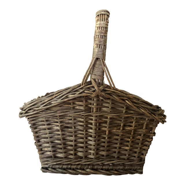 Antique Wicker Basket With Handle For Sale