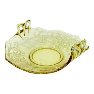Vintage 1930s Fostoria Bow Handled Bon Bon in June Topaz (Yellow) #2375 For Sale