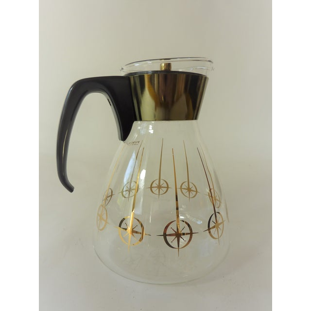 Vintage 1960's Pyrex Glass Gold Atomic Starburst Large Glass Coffee Carafe For Sale - Image 11 of 13