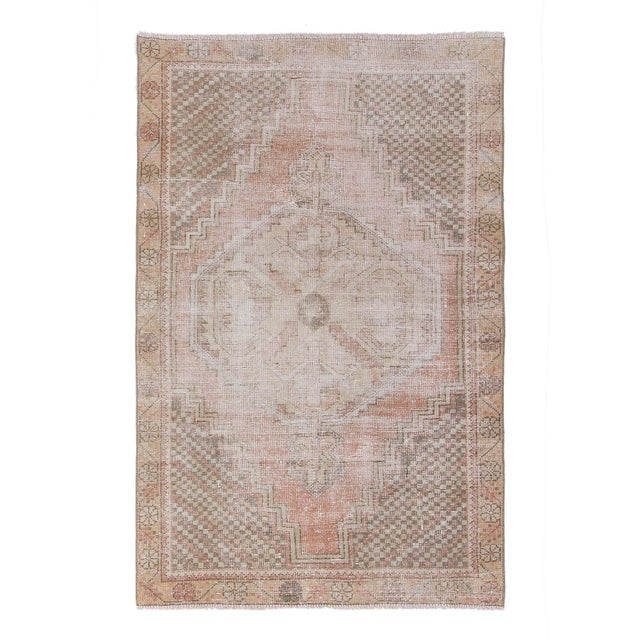 1960s Vintage Distressed Small Area Rug - 3′5″ × 5′4″ For Sale In Los Angeles - Image 6 of 6