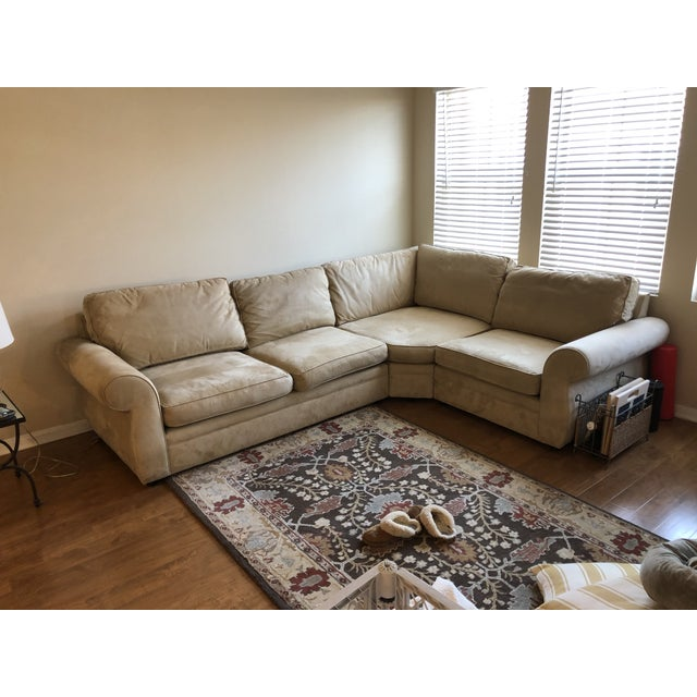A Pottery Barn – Pearce Upholstered 3-Piece Sectional with Wedge. Performance Everdayvelvet Oat. This piece is in great...