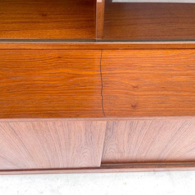 Mid-Century Teak Bookshelf With Cabinet For Sale - Image 10 of 13