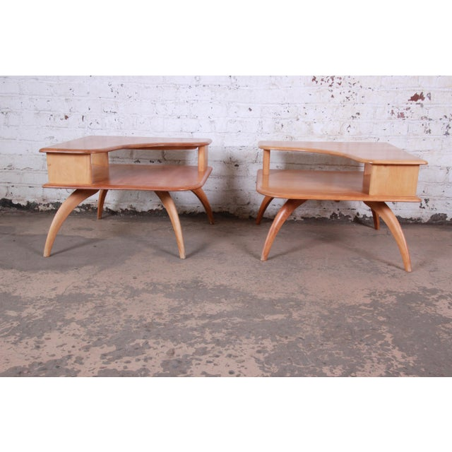 1950s Heywood Wakefield Mid-Century Modern Solid Maple Corner End Table, 1950s For Sale - Image 5 of 11