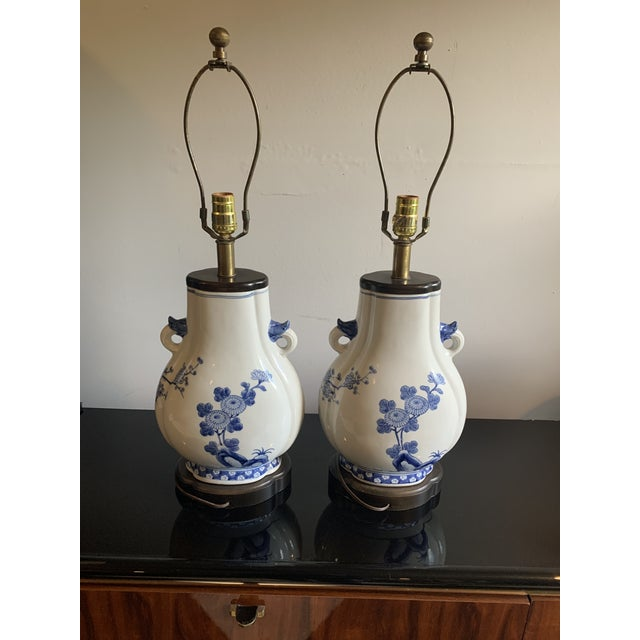Frederick Cooper Mid-Century Frederick Cooper Chinoiserie Blue & White Porcelain Lamps - a Pair For Sale - Image 4 of 12