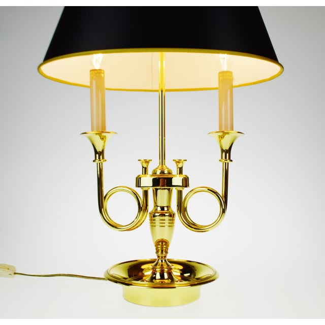 Vintage 1960's Baldwin Brass French Horn Bouillotte Table Lamp For Sale - Image 4 of 11
