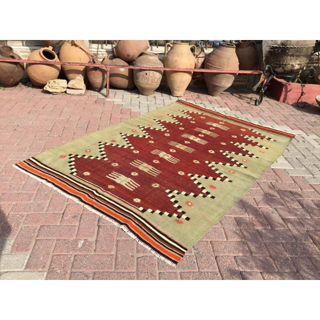 "Vintage Turkish Kilim Rug - 4'9"" X 7' - Image 2 of 10"