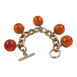 Bakelite Bead Charm Bracelet Orangeade Prystal and Gilt Aluminum Chain For Sale