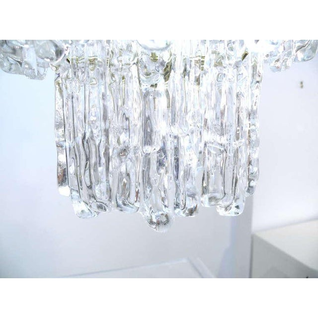Tiered Lucite Icicle Chandelier For Sale - Image 4 of 10