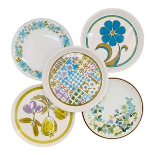 1960s Mismatched Stoneware Dinner Plates - Set of 5 For Sale