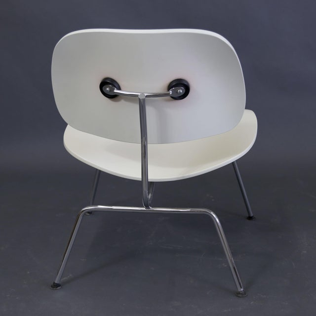 White Mid-Century Modern Eames Style White Lounge Chair For Sale - Image 8 of 11