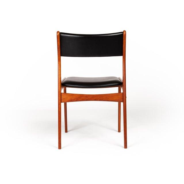 1960s Johannes Andersen Uldum Møbelfabrik Danish Teak Dining Chairs — Set of Four For Sale - Image 5 of 12
