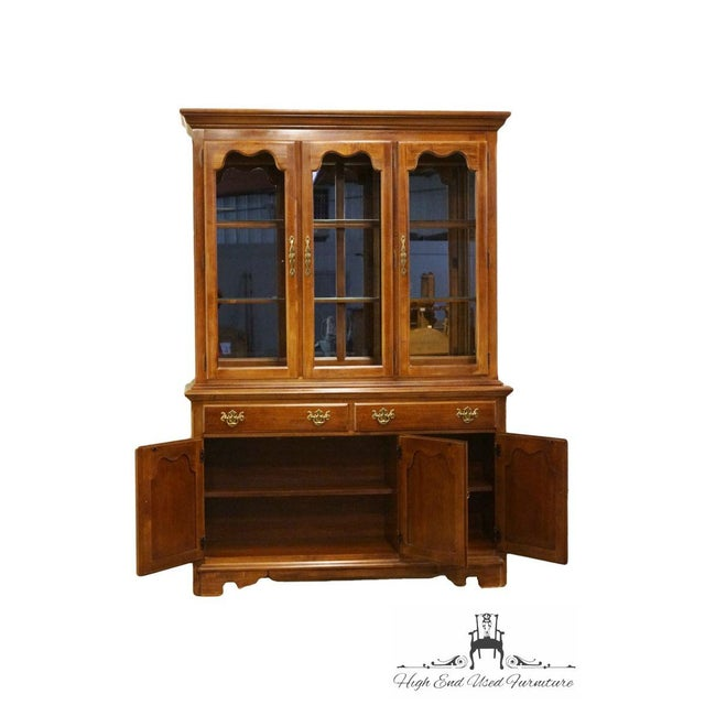 "Brown Thomasville Furniture Winston Court Collection 56"" China Cabinet For Sale - Image 8 of 13"