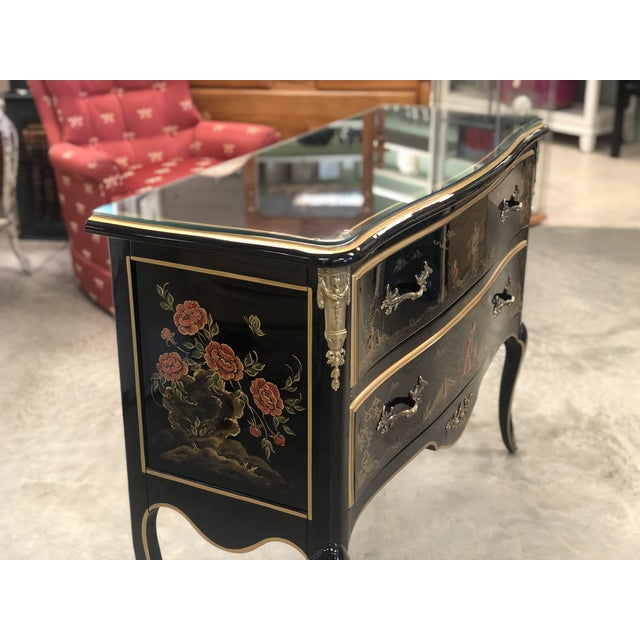 Asian 1970s Chinoiserie Lacquered 2-Drawer Chest For Sale - Image 3 of 13