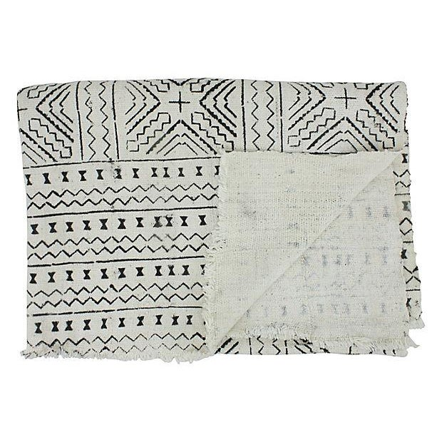 African Mud Cloth White & Black Throw - Image 4 of 4