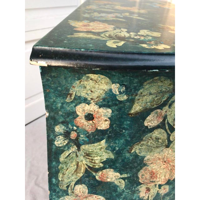 Teal 1970s Vintage French Hand-Painted Bombe 3-Drawer Chest For Sale - Image 8 of 10