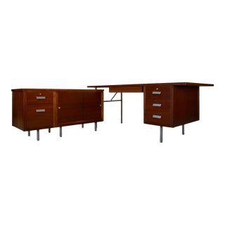 1960s Mid-Century Modern Knoll Two-Piece Executive L-Desk For Sale