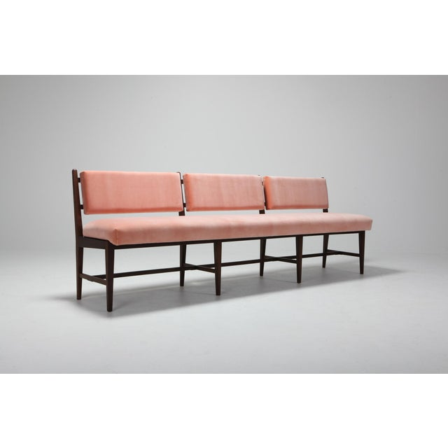 Midcentury Scandinavian Modern Bench in Pink Velvet and Wenge For Sale - Image 6 of 9