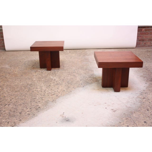 Pair of Milo Baughman 'Cruciform' End Tables For Sale In New York - Image 6 of 13