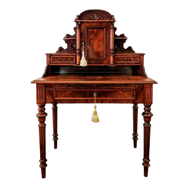 North German Gründerzeit Period Writing Desk in the Form of Historicism With Neoclassic Decoration For Sale