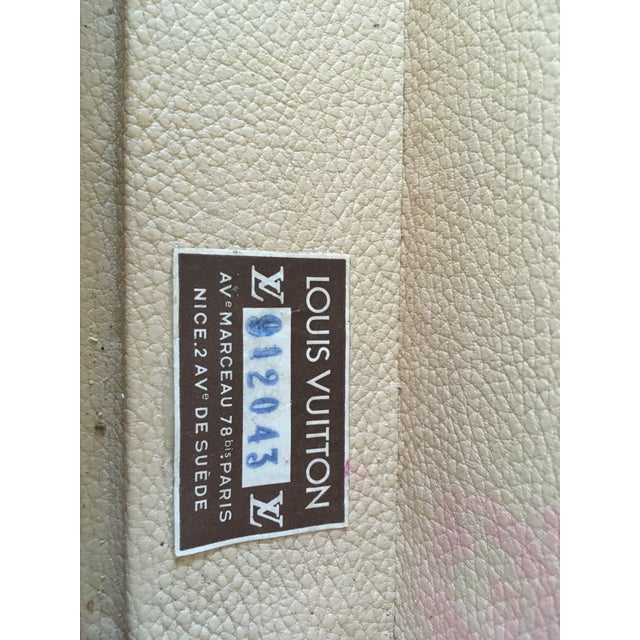 Gold Louis Vuitton Hardside Luggage Piece For Sale - Image 8 of 9