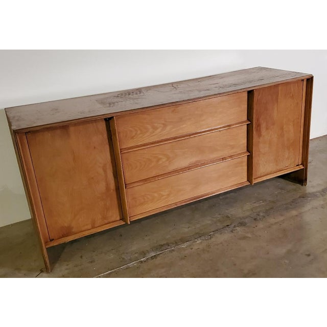 Wood 1950s T. H. Robsjohn-Gibbings Credenza for Widdicomb For Sale - Image 7 of 13