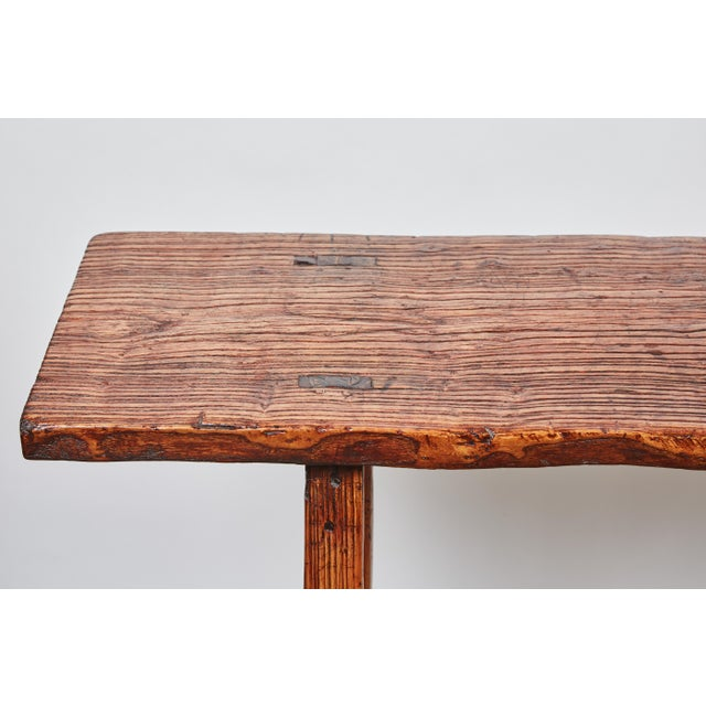 Early 19th Century Chinese Simple Side Table with a Long Single Hand of Deep Brown Elm Wood - Image 2 of 7
