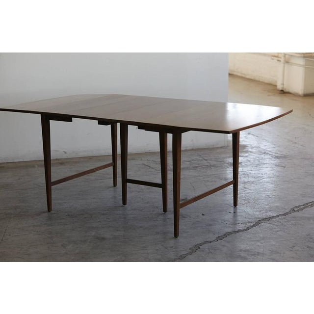 Mid-Century Modern Extendable Drop-Leaf Maple Dining Table by Paul McCobb for Planner Group For Sale - Image 3 of 10