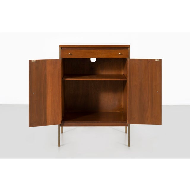 Mid-Century Modern Paul McCobb for H. Sacks + Sons Connoisseur Collection Walnut Cabinet For Sale - Image 3 of 9