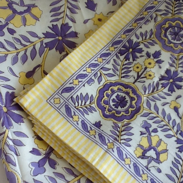 Mediterranean Tuscany Style Tablecloth & Napkins - Set of 8 For Sale - Image 3 of 10