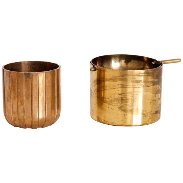 "Brass Cylinda-Line Brass Ashtray by Arne Jacobsen X Stelton With Brass ""Vendor"" Vase For Sale - Image 8 of 8"