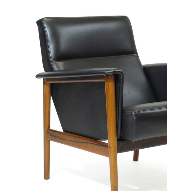 Rosewood and Black Leather Lounge Chair For Sale - Image 9 of 12