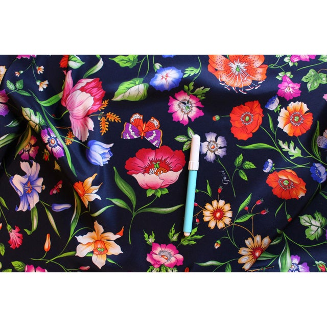 Gucci Navy Floral Silk Fabric For Sale - Image 9 of 13