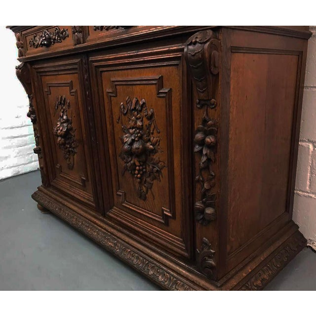 French Antique Hand Carved Oak Sideboard For Sale In New York - Image 6 of 10
