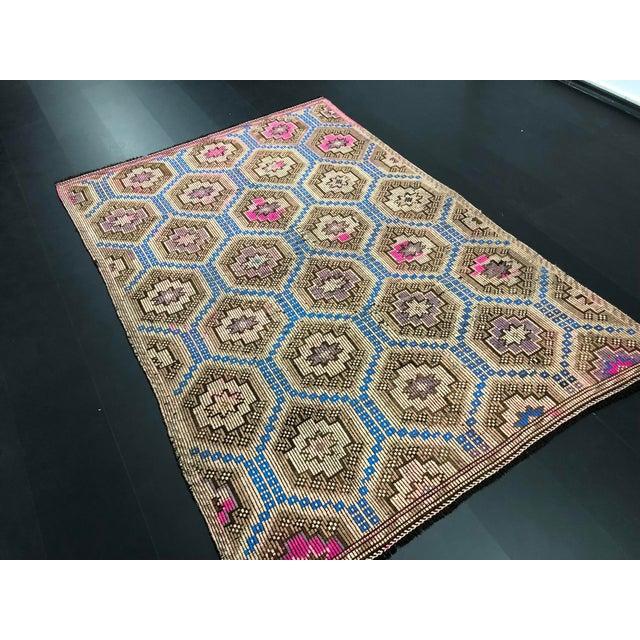 1960s Vintage Primitive Nomadic Aztec Turkish Traditional Wool Handmade Kilim Rug- 6′ × 8′8″ For Sale In Phoenix - Image 6 of 11