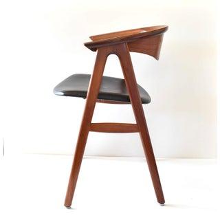 1960s Vintage Erik Kirkegaard for Høng Stolefabrik Danish Mid-Century Modern Teak Compass Chair Preview