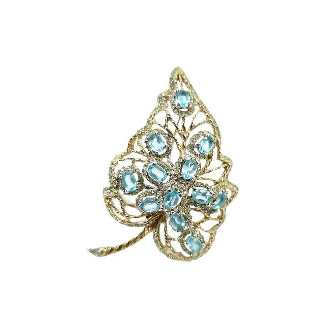 Aqua Crystal & Rhodium Leaf Brooch, 1940s For Sale