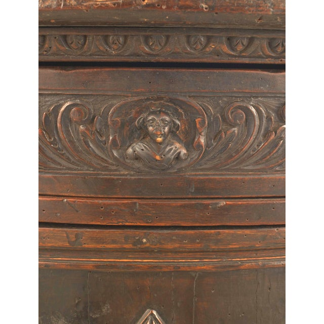 Italian Renaissance (17th Century) Demilune Shaped Commode For Sale - Image 4 of 5