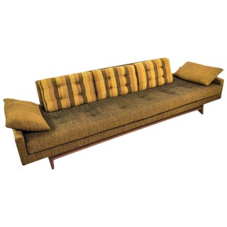 "Adrian Pearsall 'Gondola"" Sofa for Craft Associates in Original Condition 2408 For Sale"