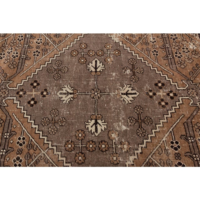"Antique Mahal Rug, 9'6"" X 13'4"" For Sale - Image 9 of 10"