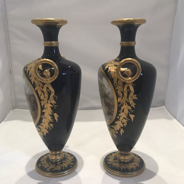 19th Century Royal Worcester Vases - a Pair For Sale In Atlanta - Image 6 of 13