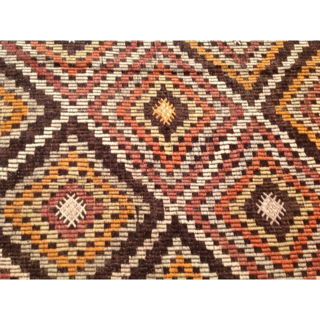 Vintage Turkish Kilim Rug - 6′6″ × 9′ For Sale - Image 4 of 5