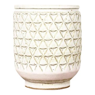 Christian Boehr Ceramic Stoneware Planter — Large Delta Pattern — White Glaze — P40 For Sale