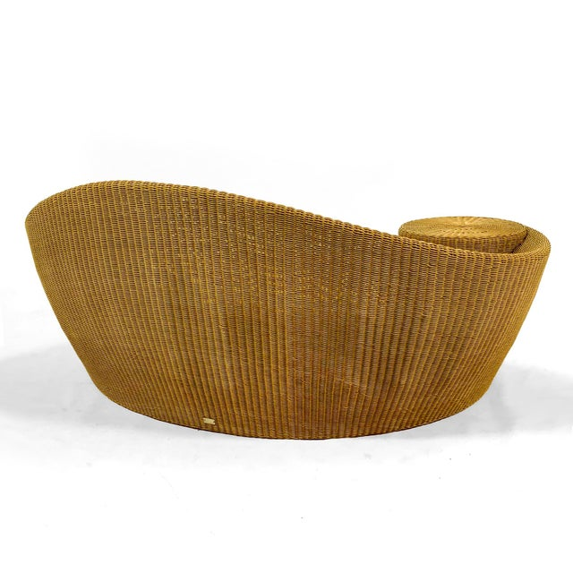 "Vladamir Kagan ""Dune"" Chaise/ Daybed by Barlow Tyrie For Sale - Image 10 of 11"