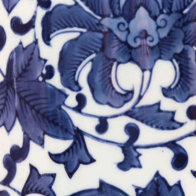 Chinoiserie Mid 20th Century Blue & White Umbrella Stand For Sale - Image 3 of 6