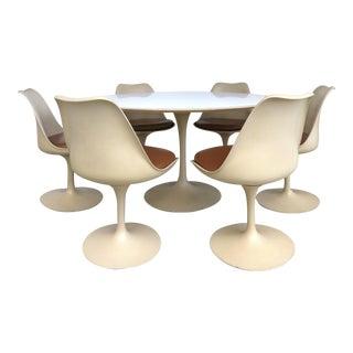 Tulip Dining Set by Eero Saarinen for Knoll International