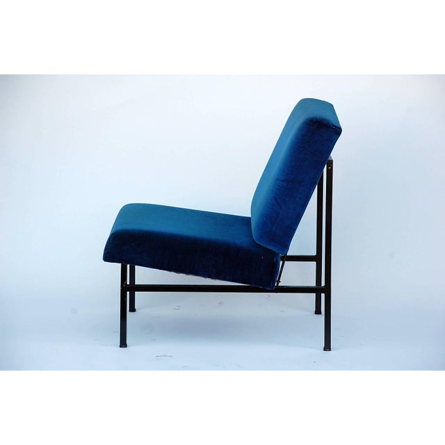 2010s Pair of 'Déclive' Velvet and Blackened Steel Slipper Chairs by Design Frères For Sale - Image 5 of 9